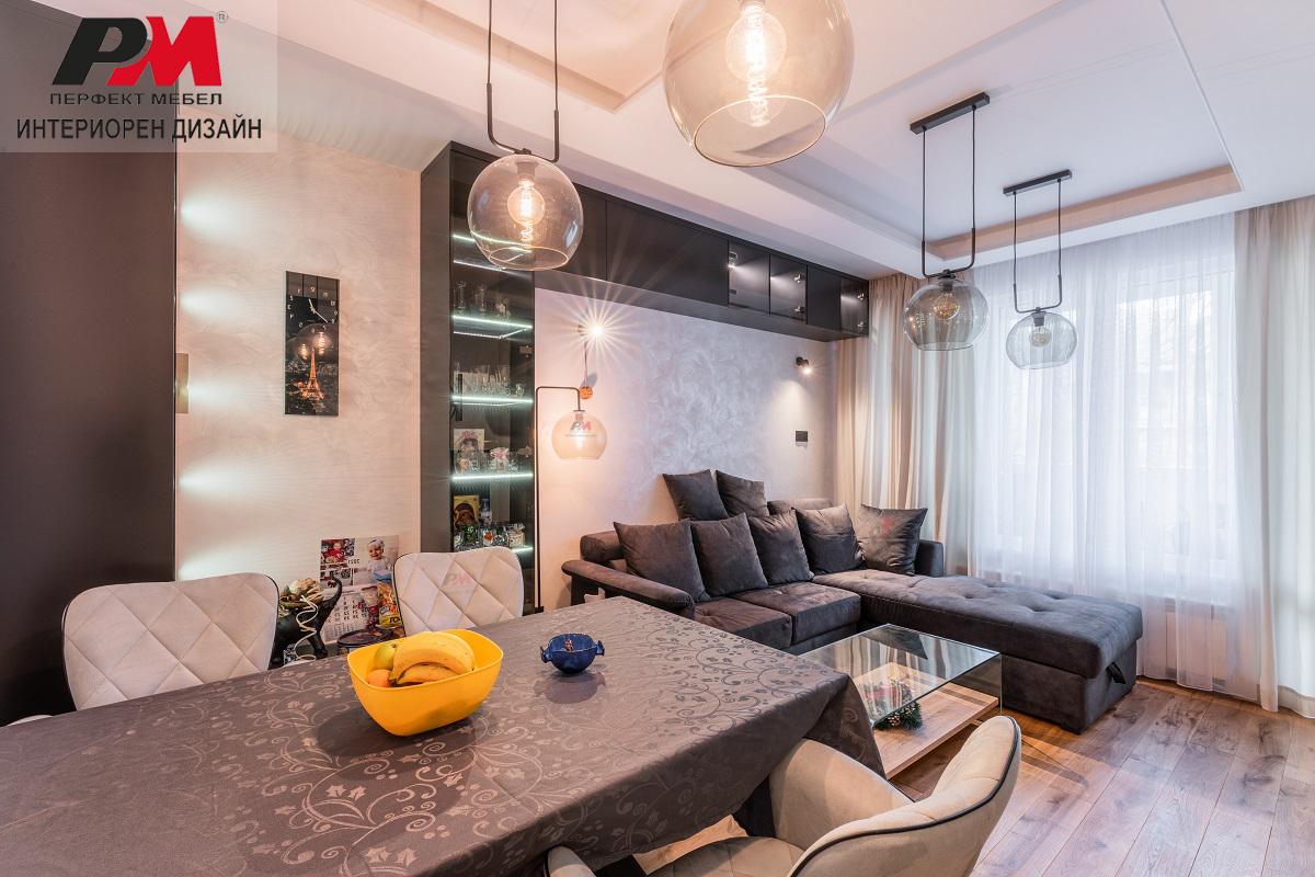 снимка на Реализация на интериорен дизайн на жилище с елегантно градско звучене, стил и лукс