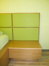 снимка на Нощно шкафче от МДФ