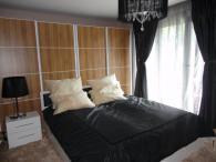 снимка на Готови спални мебели от ЛПДЧ с бял гланц