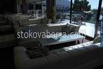снимка на изработка на мека мебел за лоби бар