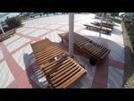 снимка на Дървени шезлонги за целогодишно ползване в градски курорти