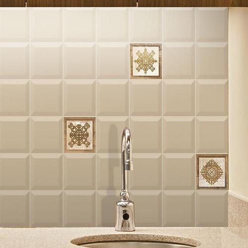 Плочки за баня BISELADO BRILLO 10x10